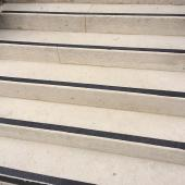 bande antid rapante pour escaliers rampes t grip or. Black Bedroom Furniture Sets. Home Design Ideas