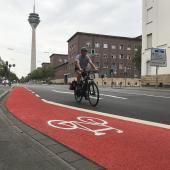 Logo vélo en marquage thermocollé T SIGN - Düsseldorf